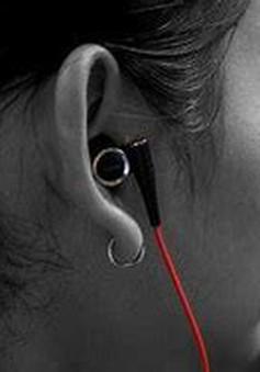 Làm thế nào để sử dụng tai nghe mà không ảnh hưởng đến thính giác?