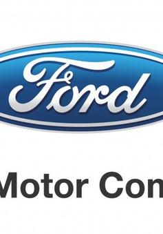 S&P hạ xếp hạng tín nhiệm của Ford Motor Co. xuống BBB-