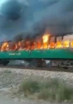 Nổ bình ga trên tàu hỏa Pakistan khiến ít nhất 65 người thiệt mạng