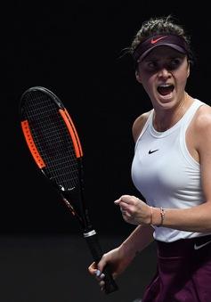 Thắng thuyết phục Halep, Svitolina vào bán kết WTA Finals
