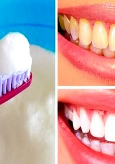 Không nên đánh răng với muối hoặc baking soda