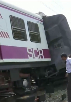 Tàu hỏa đâm nhau tại Ấn Độ, ít nhất 12 người bị thương