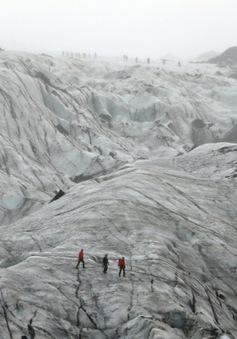 Khi các dòng sông băng ở Iceland tan thành suối nhỏ