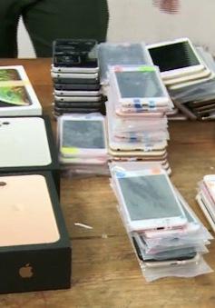 Bắt giữ gần 100 điện thoại iPhone nhập lậu