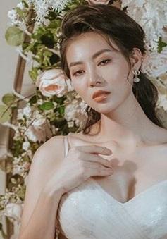 Thanh Hương xinh đẹp, quyến rũ trong bộ ảnh mới