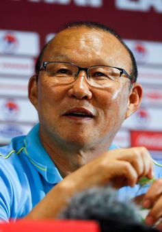 HỌP BÁO Sau trận ĐT Việt Nam 0–0 ĐT Thái Lan: HLV Nishino ngưỡng mộ ĐT Việt Nam, HLV Park Hang Seo không hài lòng về trận hoà