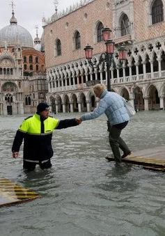 Khi di sản oằn mình trước biến đổi khí hậu