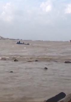 Phú Yên: Tàu cá bị chìm do cảng biển bị bồi lấp