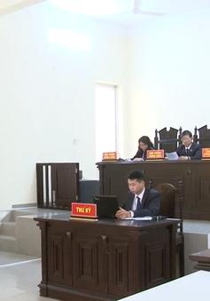 Lâm Đồng: Tuyên án đối tượng 12 năm tù vì tội lạm dụng chức vụ để lừa đảo