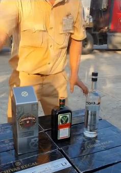 Phát hiện vụ vận chuyển rượu ngoại nhập lậu