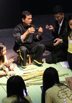 Thưởng thức văn hóa dân tộc Khơmú đặc sắc giữa lòng Hà Nội
