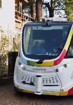 Italy thử nghiệm xe bus điện không người lái