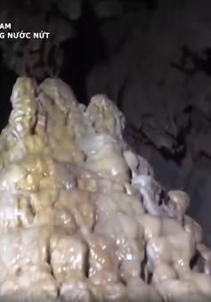 Hang Nước Nứt: Địa điểm du lịch lý tưởng cho du khách ưa mạo hiểm