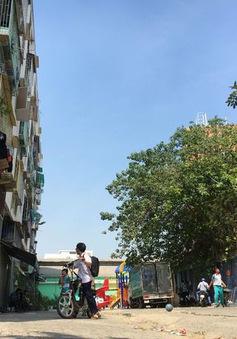 Phá dỡ khẩn cấp chung cư xuống cấp tại TP.HCM