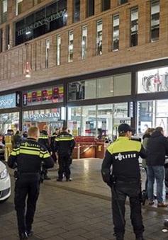 Đâm dao tại Hà Lan trong dịp Black Friday