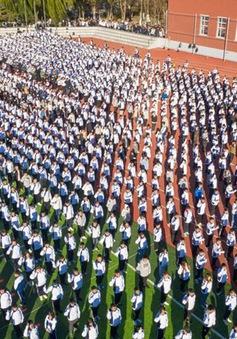 Trung Quốc lập kỷ lục Guinness về đồng diễn ngôn ngữ ký hiệu