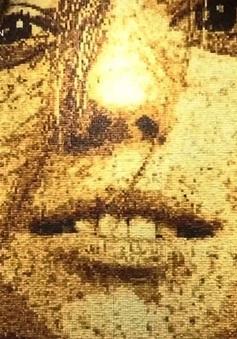 Ấn tượng tranh chân dung từ... 40.000 mẩu bánh mỳ