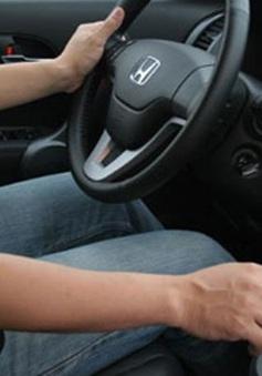 Nguy cơ xảy ra tai nạn do thiếu kỹ năng lái xe số tự động