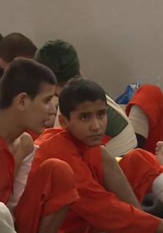 Nguy cơ hiển hiện tại châu Âu khi hàng trăm tù nhân IS sắp trở về