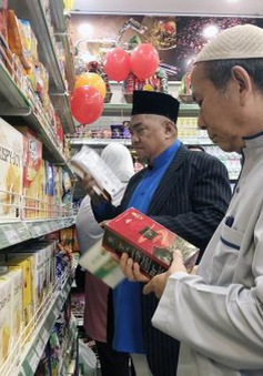 Khai trương cửa hàng tiện lợi đầu tiên đạt chuẩn Halal