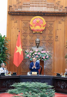 Thủ tướng Nguyễn Xuân Phúc tiếp các đồng chí lão thành cách mạng Hải Phòng