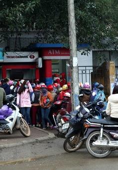 Tránh tắc nghẽn giao dịch qua ATM dịp cuối năm