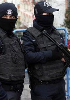 Bắt giữ 100 đối tượng tình nghi khủng bố tại Thổ Nhĩ Kỳ