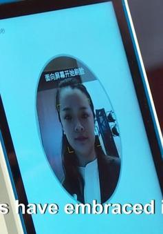 """Người dân Trung Quốc phải """"Quét mặt"""" để đăng ký số điện thoại mới"""