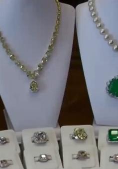 """Những món quà Valentine """"triệu đô"""" của giới thượng lưu"""