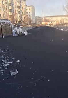 Tuyết đen bao phủ nhiều thị trấn tại Nga