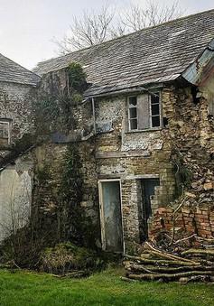 Rùng mình với những câu chuyện bí ẩn xoay quanh căn nhà ma ám 400 năm tuổi