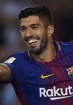 ẢNH: Suarez lập cú đúp, Barcelona thắng cách biệt Real Madrid