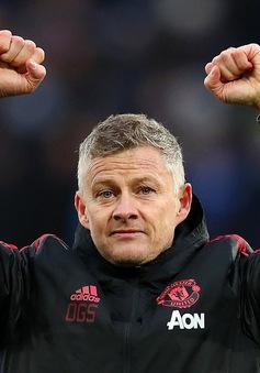 """Man Utd khủng hoảng, Solskjaer tính """"vá"""" hàng công bằng 2 cái tên đắt giá"""
