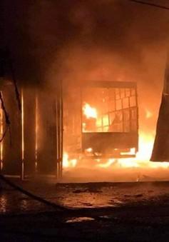 6 người thoát nạn trong vụ cháy xưởng lốp ô tô