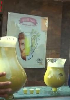 Thử thách uống 12 lít nước mía được 6 USD thu hút người dân Ai Cập