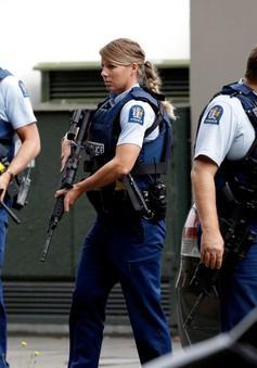 50 phát súng vang lên tại hiện trường vụ nổ súng khu đền thờ Hồi giáo ở New Zealand