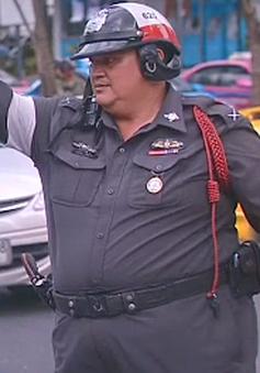 """Cảnh sát béo phì Thái Lan tham gia chương trình """"hủy diệt mỡ bụng"""""""
