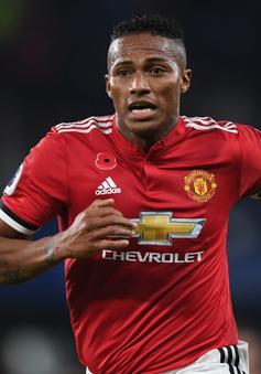 Antonio Valencia sẽ không được Manchester United gia hạn hợp đồng