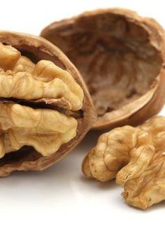 Ăn 10g quả hạch mỗi ngày tăng hoạt động não lên 60%