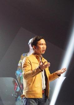 """Hành trình truyền cảm hứng: Người đàn ông đi xuyên Việt """"săn"""" ảnh rác truyền thông điệp tới cộng đồng"""