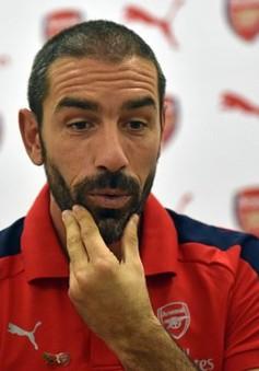 Huyền thoại Arsenal nhận định về điều không tưởng cho người hâm mộ
