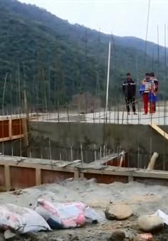Ấn Độ xây hầm trú ẩn bảo vệ dân dọc biên giới
