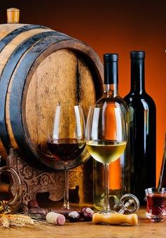 Mức tiêu thụ rượu bia giảm mạnh, ngành sản xuất đồ uống có cồn châu Âu cố gắng cầm cự