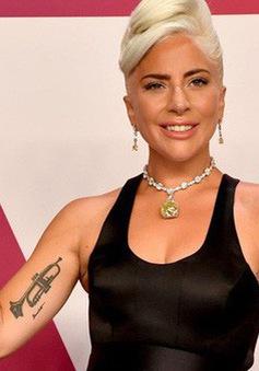 """Hậu """"A Star Is Born"""", Lady Gaga vẫn không thể thoát khỏi vai diễn"""