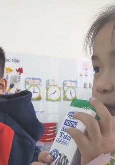 Vinamilk phản hồi về sản phẩm trong chương trình sữa học đường