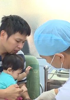 Đắk Lắk: Khan hiếm cục bộ vắc-xin dịch vụ 6 trong 1