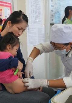 Đắk Lắk: khan hiếm vaccine dịch vụ 6 trong 1