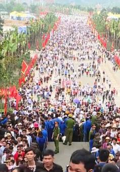 Hàng triệu người dân về Đền Hùng dự Giỗ tổ Hùng Vương