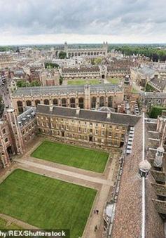 """Đại học danh tiếng Cambridge """"lao đao"""" vì thâm hụt ngân sách"""