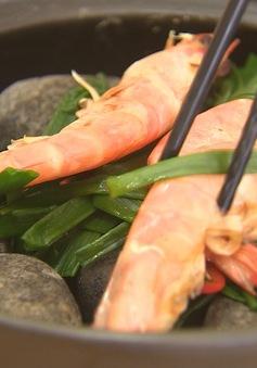Tôm xông khói - Món ngon từ hải sản Việt